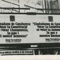 Carteles a favor de la Constitución en Cataluña.jpg